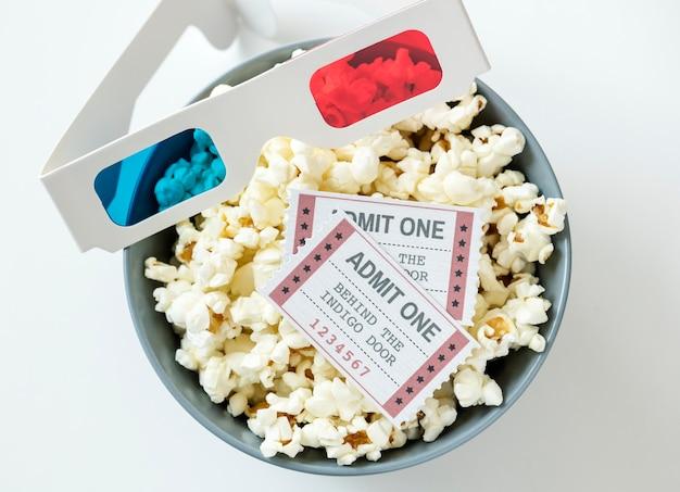Close up do conceito de entretenimento cinema e filme Foto gratuita