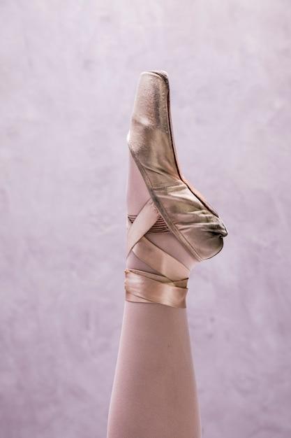 Close-up sapatilha de bailarina Foto gratuita