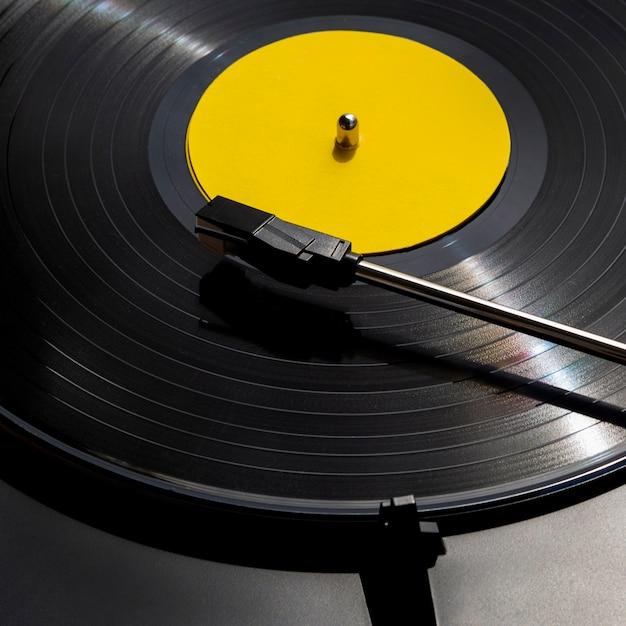 Close-up tiro disco de vinil Foto gratuita