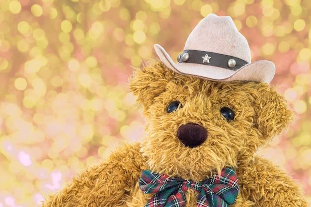 Close-up urso de pelúcia cowboy Foto Premium