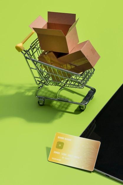 Close-up vista do conceito de compras on-line Foto gratuita