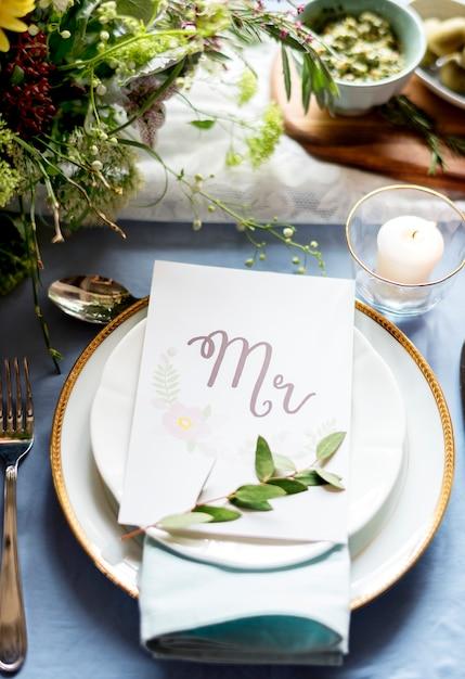 Closeup de ajuste de mesa de recepção de casamento Foto gratuita
