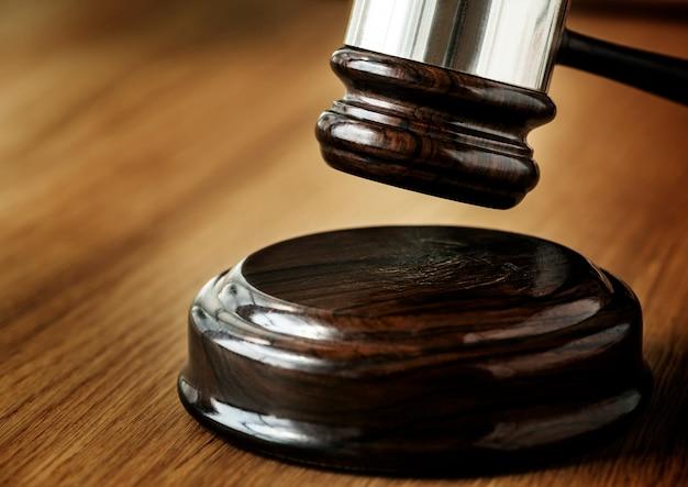 Closeup, de, martelo, julgamento, conceito Foto gratuita