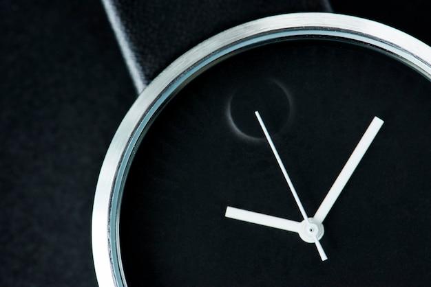 Closeup, de, relógio Foto gratuita