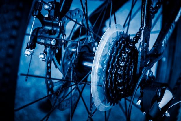 Closeup, engrenagens, corrente, competir, bicicleta Foto gratuita