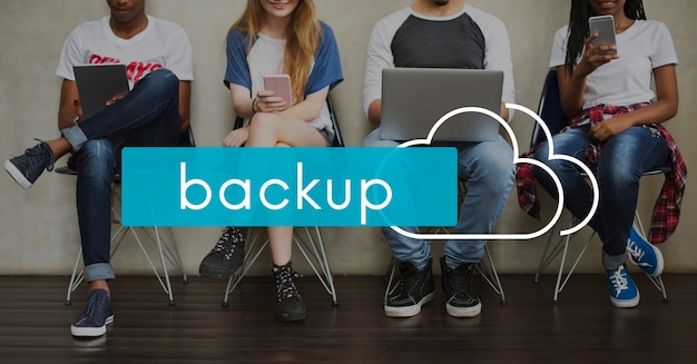 Cloud computing back up download da rede Foto gratuita
