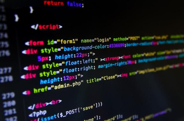 Código fonte da área de trabalho e papel de parede por linguagem de computador com codificação e programação. Foto Premium