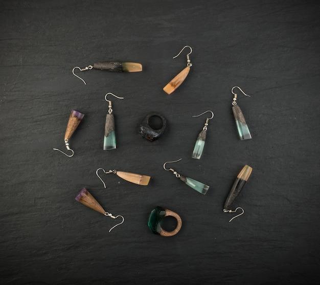 Coleção de jóias e pingente e anéis Foto Premium