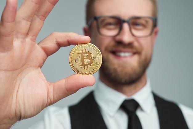 Recensione commerciante di Bitcoin: attenzione, leggi la nostra recensione