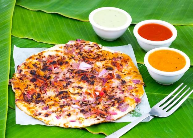 Comida do sul da índia uttapam Foto Premium