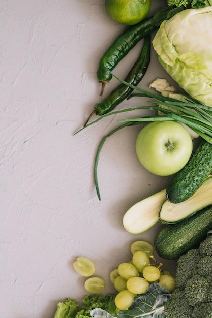 Comida verde saudável Foto gratuita