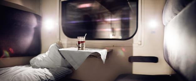 Compartimento de trem vazio Foto Premium