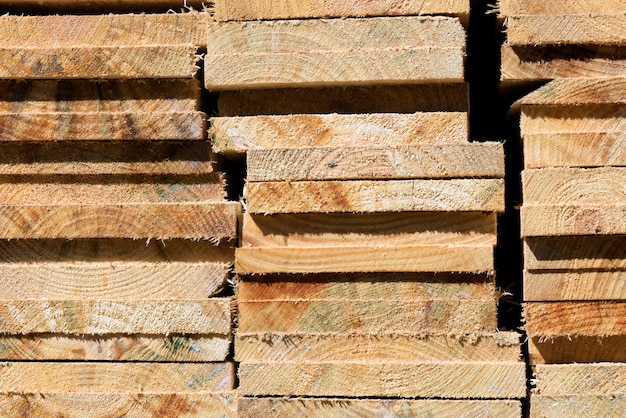 Composição abstrata com pilha de tábuas de madeira Foto Premium