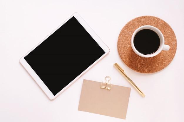Composição da mesa de trabalho Foto Premium