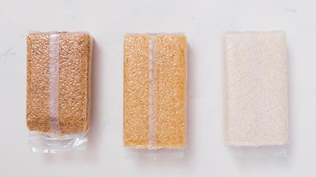 Composição de arroz plana Foto gratuita