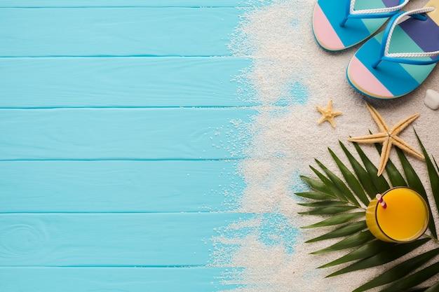 Composição de conceito de praia plana leigos Foto gratuita