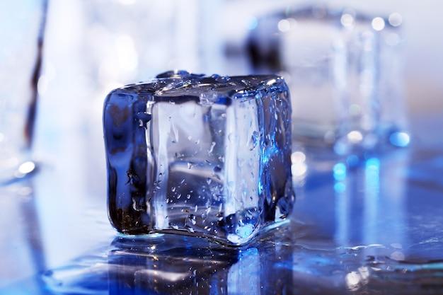 Composição de cubos de gelo Foto gratuita