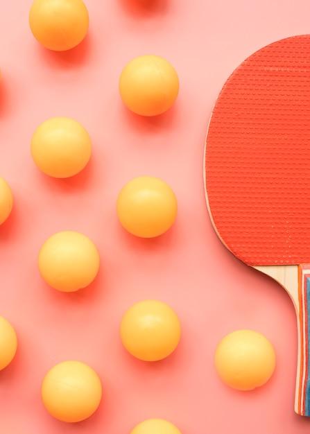 Composição de esporte adorável com elementos de pingue-pongue Foto gratuita