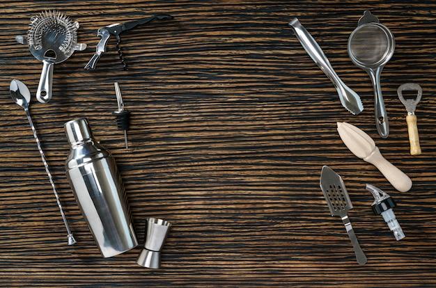 Composição de ferramentas para coquetéis Foto Premium