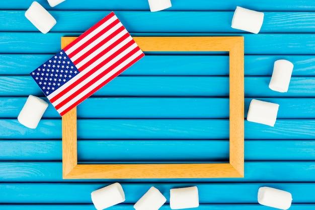 Composição do dia da independência com moldura Foto gratuita