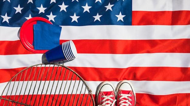 Composição do dia da independência com vários elementos Foto gratuita