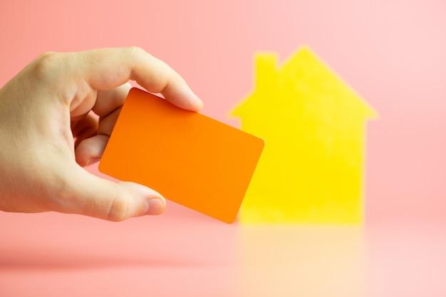 Compra de casa de cartão de crédito, pagamento on-line para aluguel de casa Foto Premium