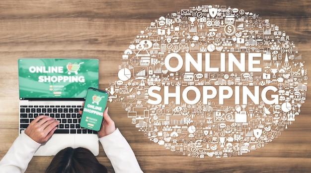 Compras on-line e tecnologia de dinheiro na internet Foto Premium