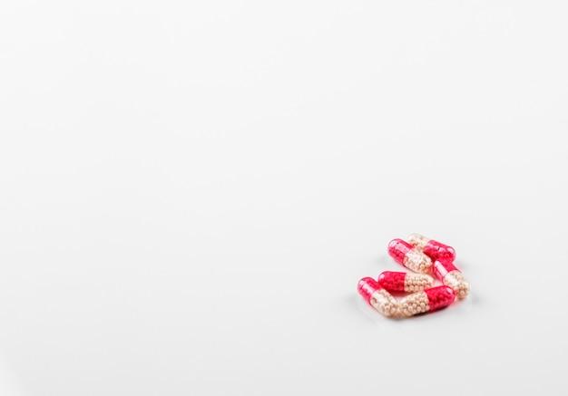 Comprimidos em cápsulas Foto Premium