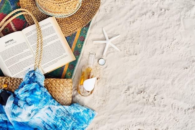 Conceito da praia do desejo por viajar das férias da viagem do curso do verão Foto gratuita