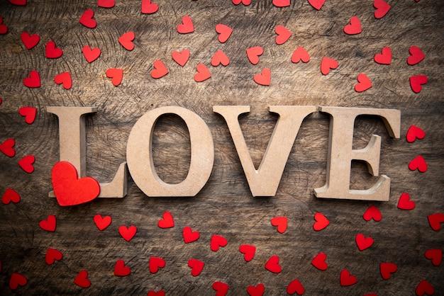 conceito-de-amor-imagens-de-arte-para-o-dia-dos-namorados_33755-5677.jpg