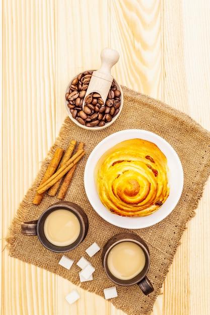 Conceito de bebida quente de café doce outono Foto Premium