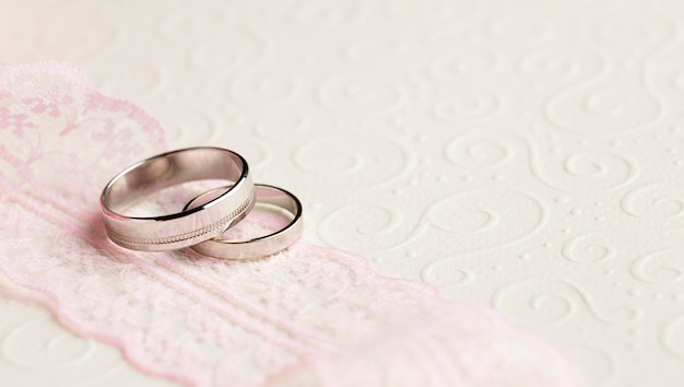 Conceito de casamento luxuoso de alta vista Foto gratuita