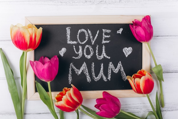 Conceito de dia das mães. quadro com flores. Foto Premium