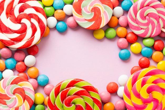 Conceito de doce delicioso com espaço de cópia Foto gratuita