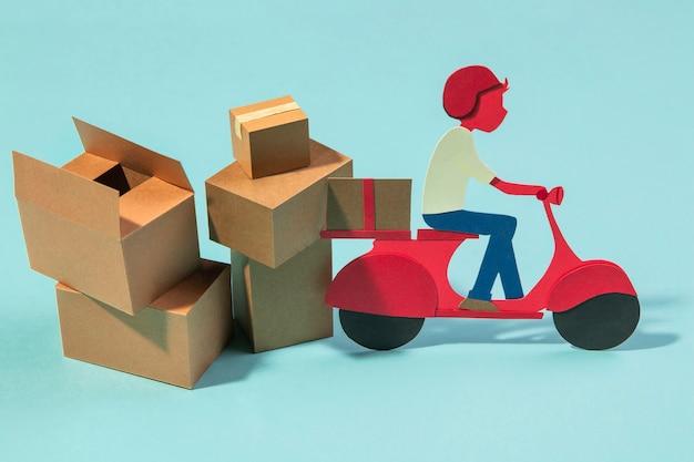 Conceito de entrega com homem em motocicleta Foto gratuita