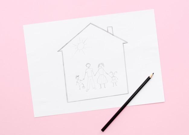 Conceito de família bonito desenho sobre fundo rosa Foto gratuita
