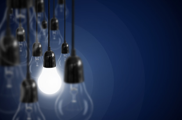 Conceito de idéia com lâmpada. Foto Premium