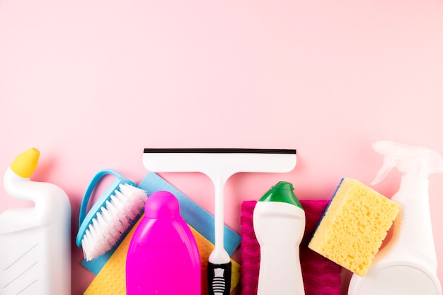 Conceito de limpeza plana leigos composição Foto gratuita