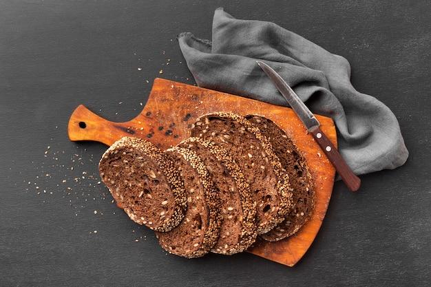 Conceito de pão de semente delicioso Foto gratuita