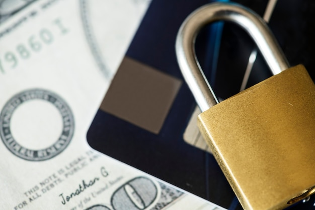 Conceito de segurança de cartão de crédito Foto gratuita