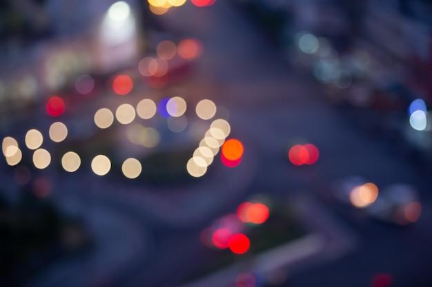 Conceito de viagens: luz de bokeh e blur autumnbackground Foto Premium