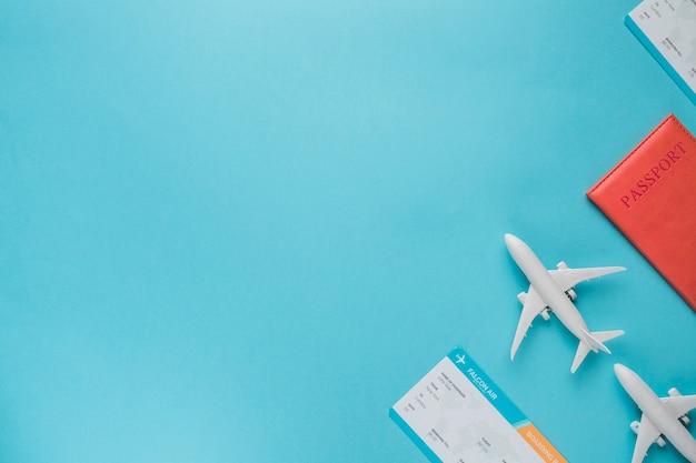 Conceito de vôo com bilhetes Foto Premium