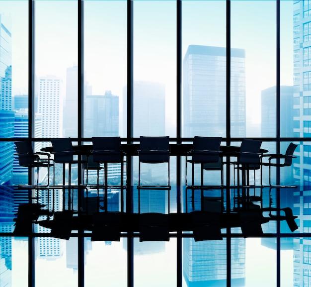 Conceito do escritório da sala de direção da tabela de reunião Foto gratuita
