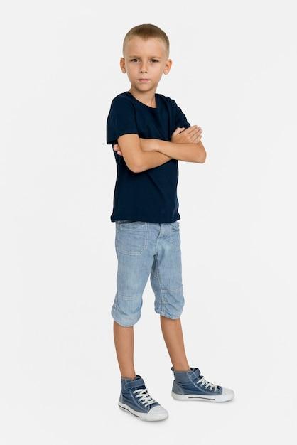 Conceito do retrato do amor-próprio da confiança de little boy Foto Premium