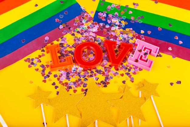 Conceito lgbt, texto amor, bandeira lgbt Foto Premium