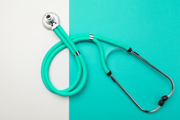 Conceito médico. vista superior, de, estetoscópio Foto Premium