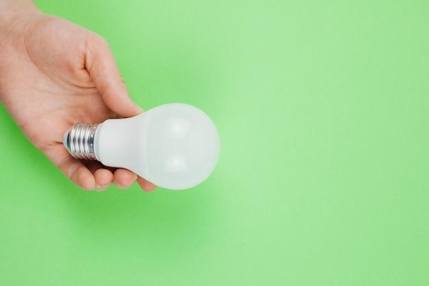 Conceito negócio, com, lightbulb Foto gratuita