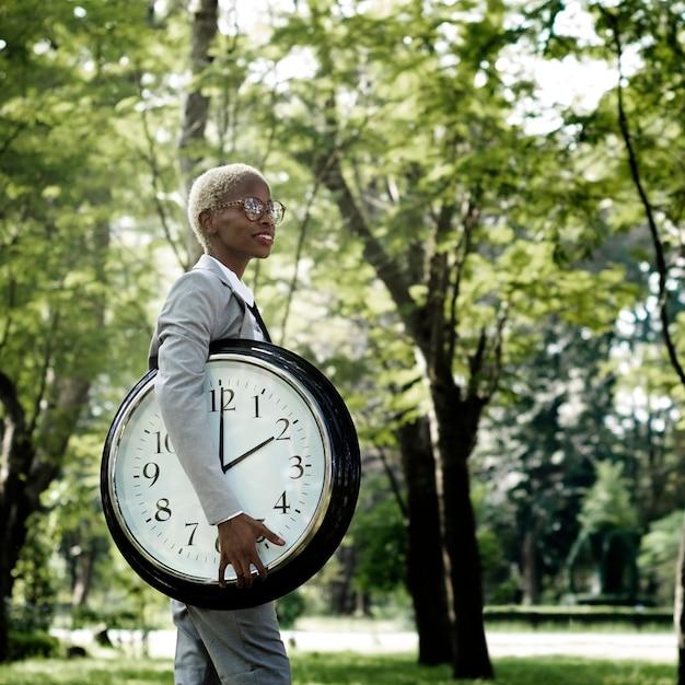 Conceito pontual da possibilidade urgente do despertador do tempo Foto Premium