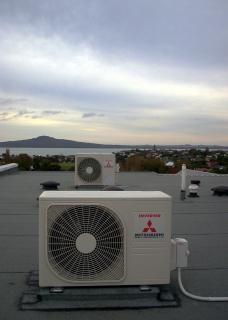 Condicionadores de ar, ventiladores Foto gratuita