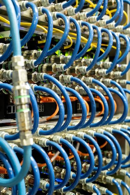 Conexão do cabo do servidor Foto Premium